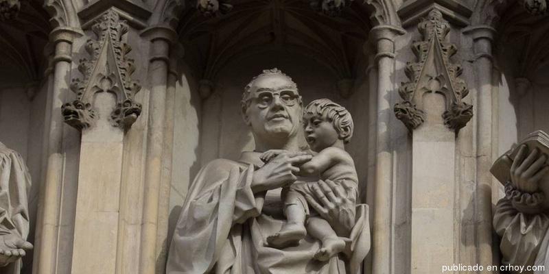 Monseñor-Romero-1